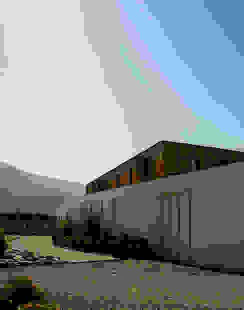 CASA VER Casas estilo moderno: ideas, arquitectura e imágenes de homify Moderno