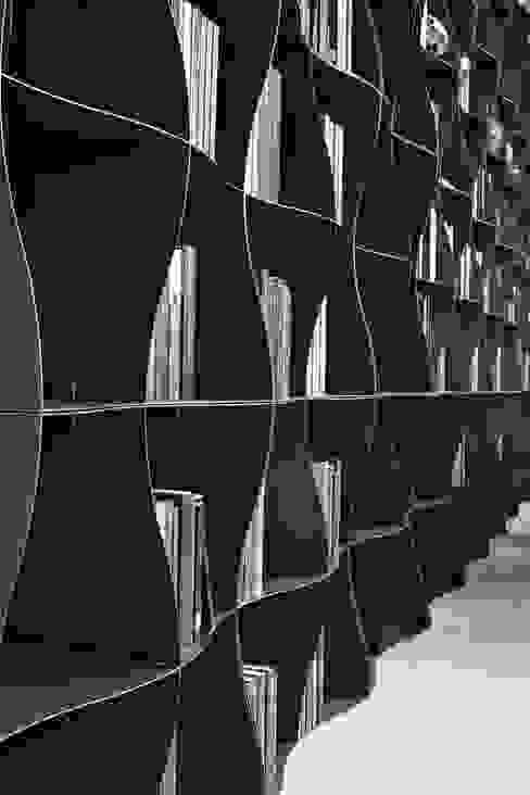 Regał na książki | Ronda Design | Biblioteczka Iron-ic od BandIt Design Industrialny Żelazo/Stal
