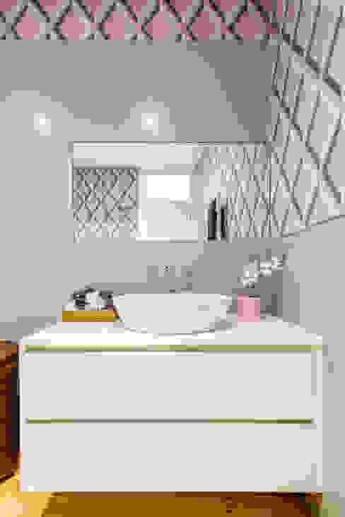 Espaço Mínimo 의  욕실