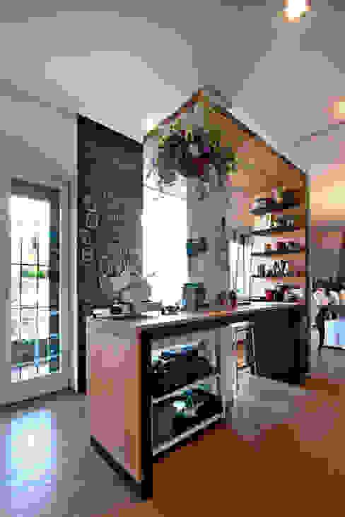 Modern Kitchen by Anomia Studio Modern
