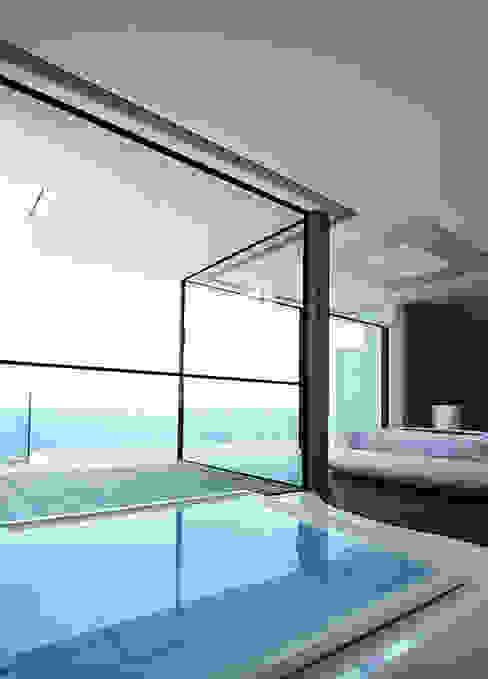 Balcones y terrazas minimalistas de Barra&Barra Srl Minimalista