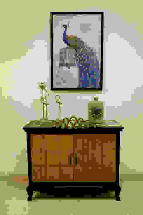 Cabinet: modern  by renu soni interior design,Modern