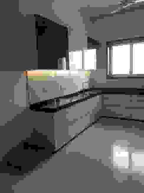 Mr. Jain House homify Modern kitchen