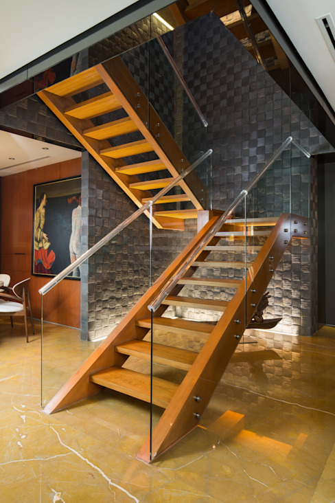 Modern corridor, hallway & stairs by Línea Vertical Modern