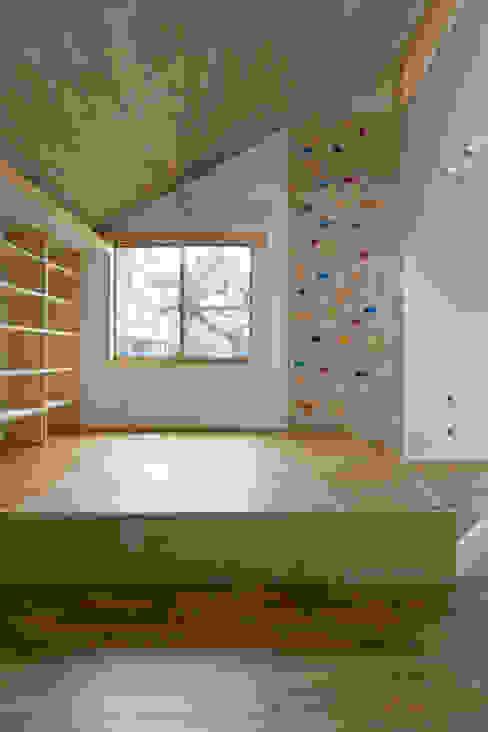 Scandinavian style living room by 株式会社エキップ Scandinavian OSB