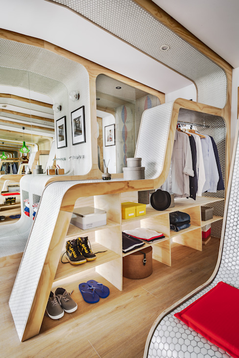 Dressing room by Zooco Estudio, Eclectic