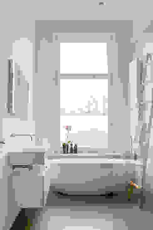 moderne badkamer Moderne badkamers van choc studio interieur Modern
