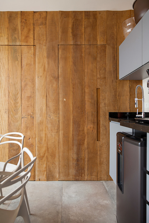 Cucina eclettica di Tria Arquitetura Eclettico