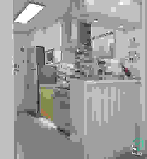 Kitchen by Spacio5, Modern