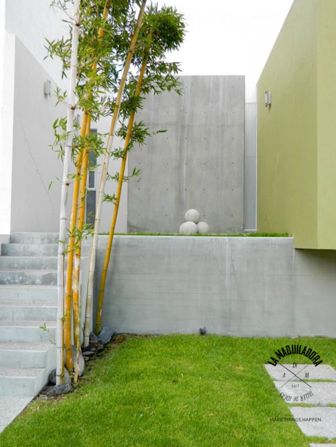 Rumah oleh La Maquiladora / taller de ideas, Minimalis