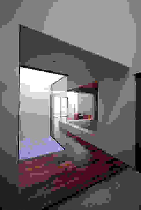 HKM-house モダンな庭 の 門一級建築士事務所 モダン 石