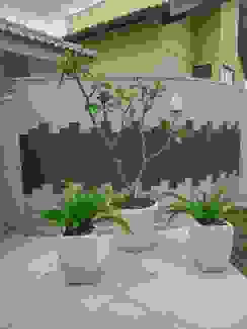 Egzotyczny ogród od Eneida Lima Paisagismo Egzotyczny