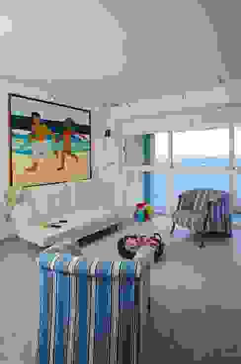 Apartamento 93-A Objetos DAC Salas de estilo moderno