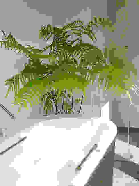 Plants/L (有)ハートランド モダンスタイルの お風呂 緑