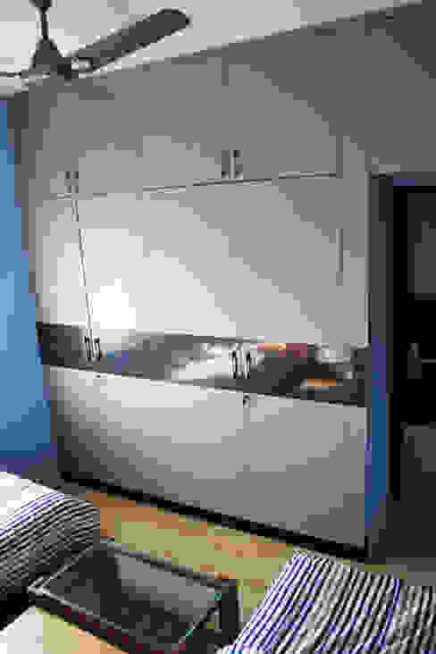 THIRUVANMAYUR BEACH HOUSE.. Asian style bedroom by Ashpra Interiors Asian Plywood
