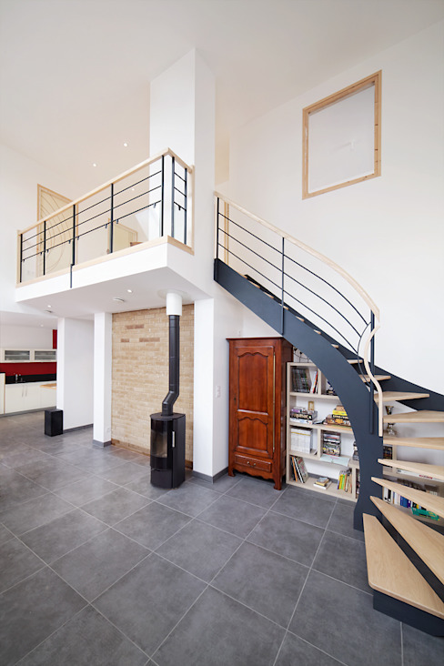 Столовые комнаты в . Автор – O2 Concept Architecture, Модерн Металл