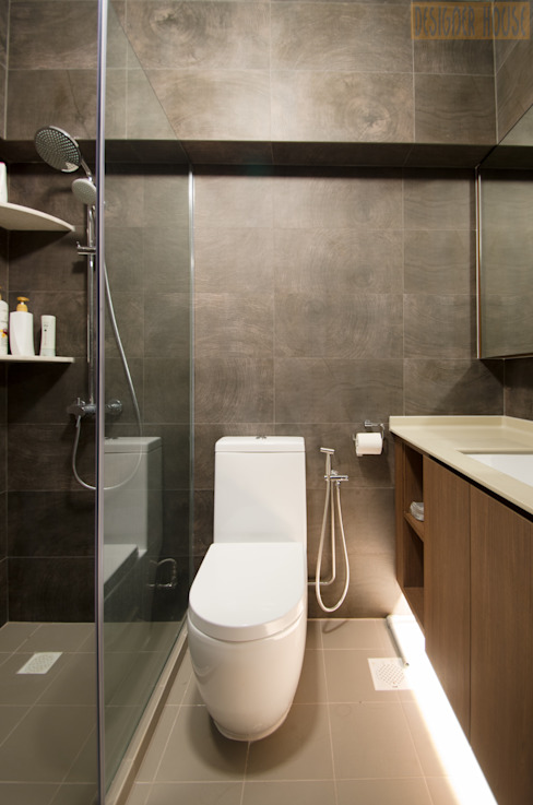 Modern bathroom by Designer House Modern