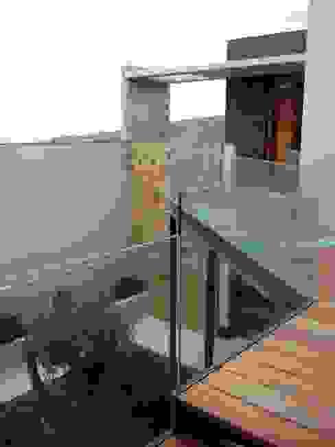 Vivienda Campo Golf en la isla de Gran Canaria Jardines de estilo moderno de MIRTA CASTIGNANI ARQUITECTA Moderno