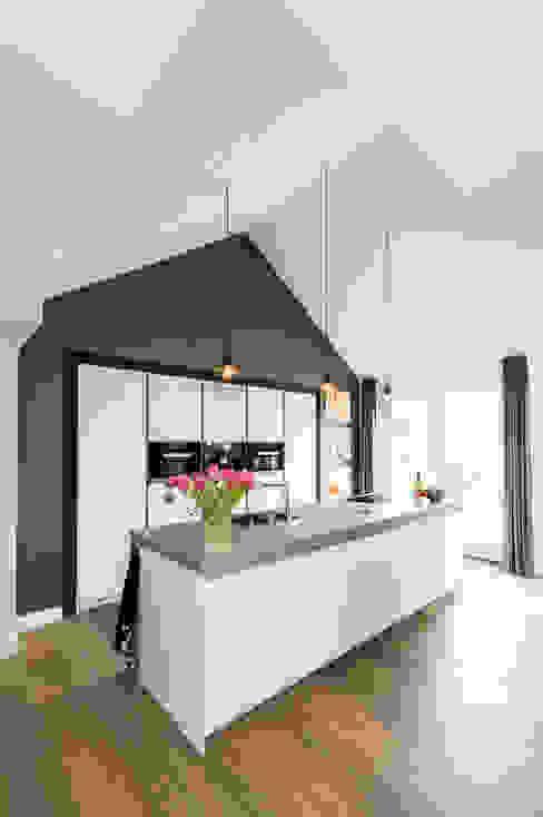 Mooie woning in Denbosch:  Keuken door Bas Suurmond Fotografie,
