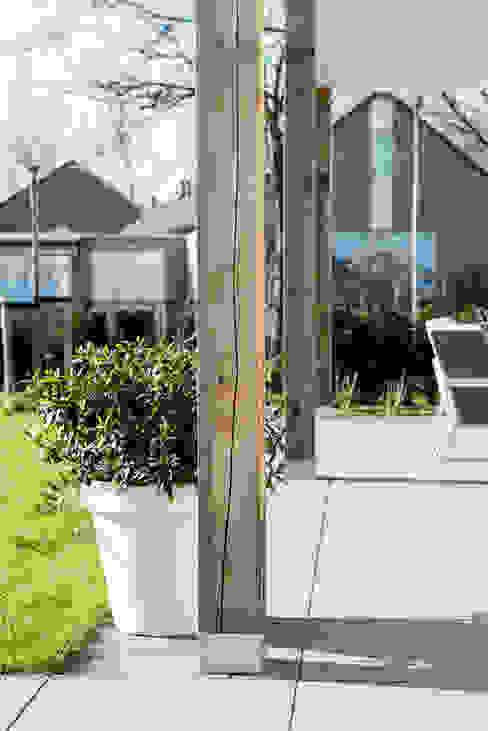 Mooie woning in Denbosch:  Terras door Bas Suurmond Fotografie,