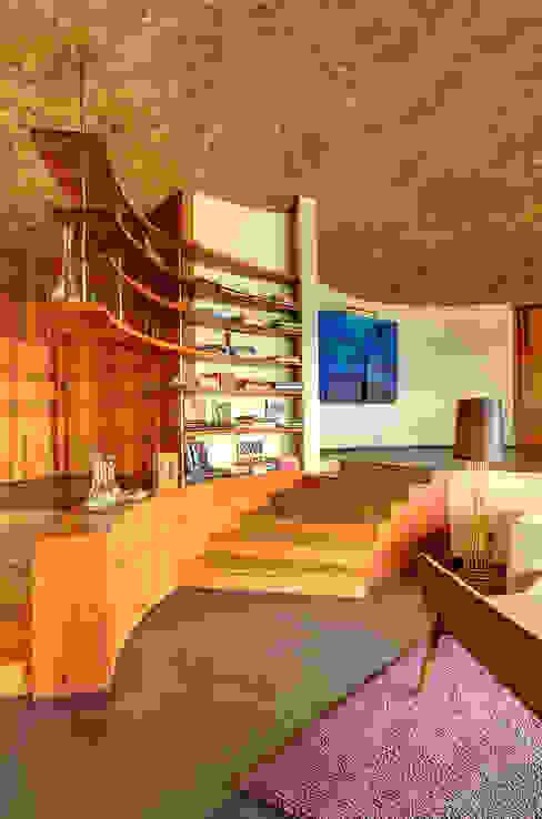Casa LA 356 - RIMA Arquitectura Pasillos, vestíbulos y escaleras modernos de RIMA Arquitectura Moderno Concreto