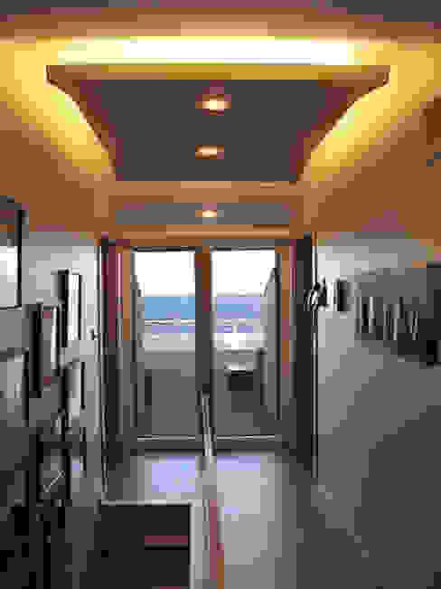 homify Koridor, Hol & MerdivenlerIşıklandırma