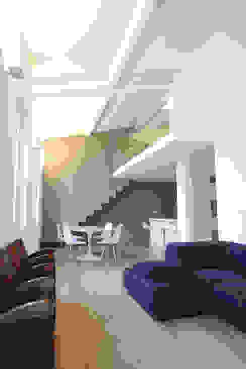 Salas de estar minimalistas por Filippo Rak Architetto Minimalista