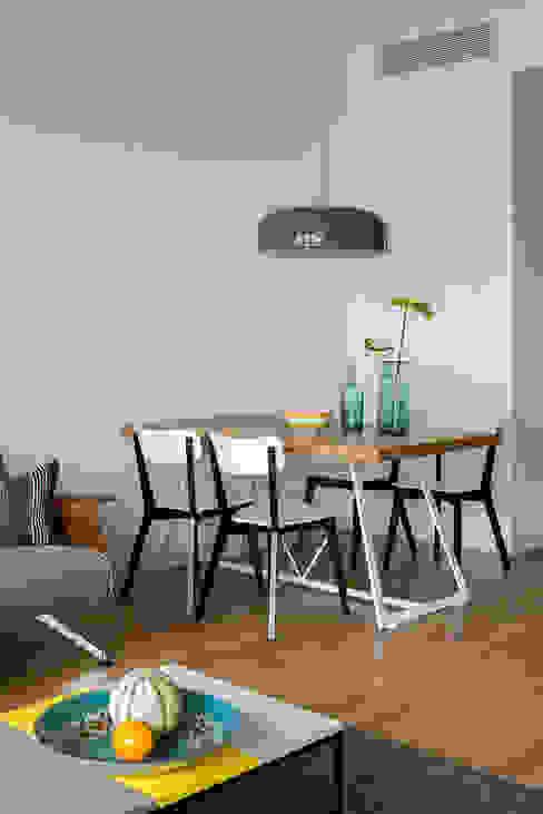 Modern Dining Room by JJJASKOLA ARCHITEKCI Modern
