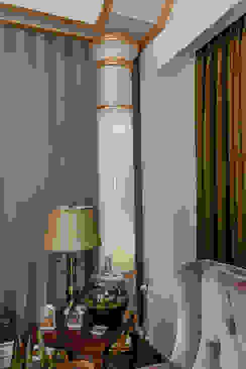 BILGE & AHMET SEZER EVI Klasik Oturma Odası Mimoza Mimarlık Klasik
