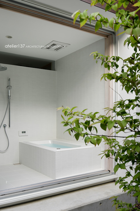 atelier137 ARCHITECTURAL DESIGN OFFICE Spa moderno Azulejo Branco