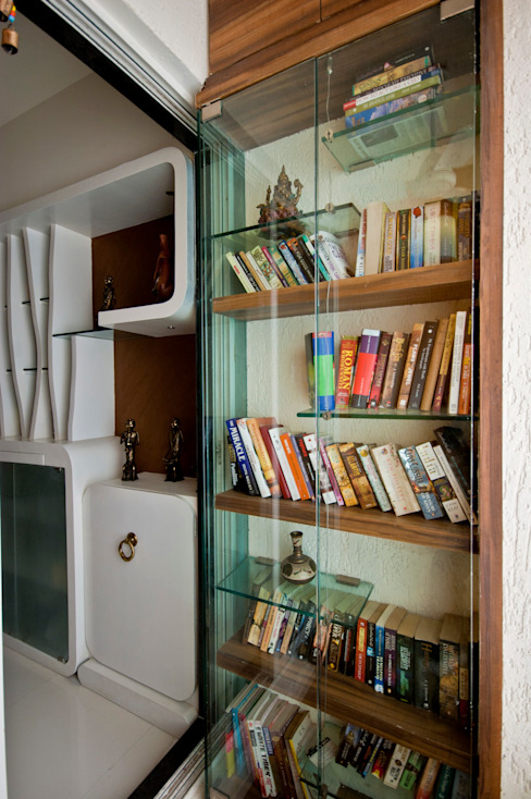 book shelf: eclectic  by iSTUDIO Architecture,Eclectic
