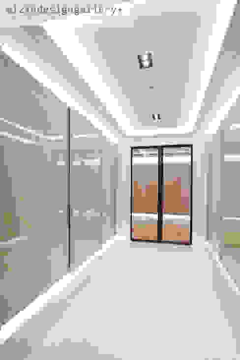 Corridor & hallway by wizingallery, Modern