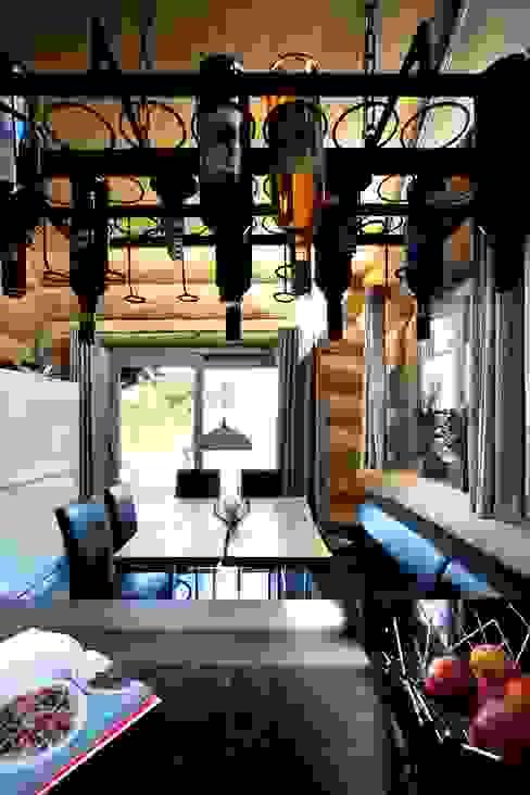 Projekty,  Okna zaprojektowane przez Kneer GmbH, Fenster und Türen, Rustykalny