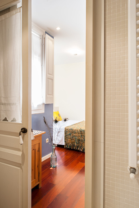 Ensuite bedroom โดย Markham Stagers โมเดิร์น