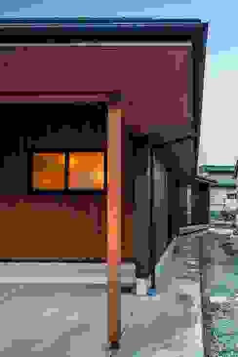 미니멀리스트 주택 by 淺野翼建築設計室 / 株式会社コンパス 미니멀