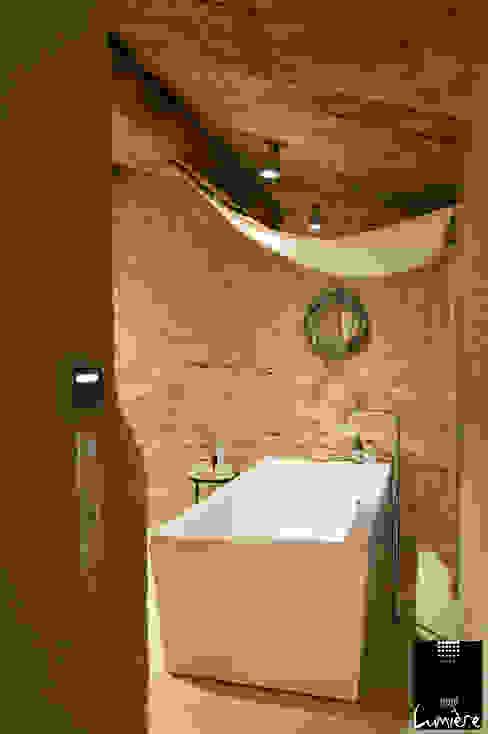 Scandinavische badkamers van Jeux de Lumière Scandinavisch