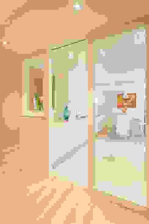 Reforma vivienda estilo nórdico en A Coruña Cocinas escandinavas de GESTION INTEGRAL DE PROYECTOS DEL NOROESTE S.L. Escandinavo