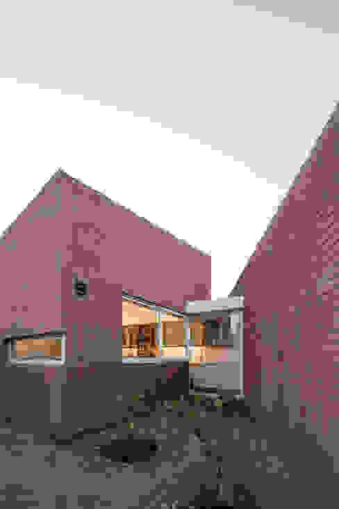 Vista Exterior Huerta_ Cocina Casas estilo moderno: ideas, arquitectura e imágenes de Swett Arquitectos Moderno