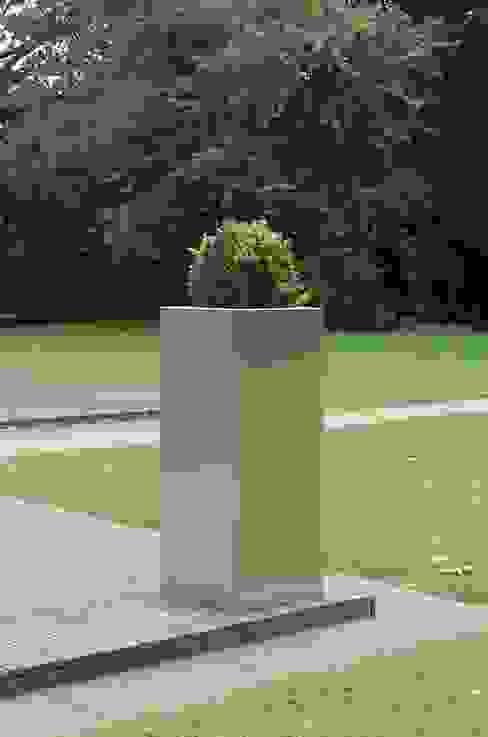 Pflanzkübel BLOCK Säule aus Edelstahl VIVANNO Moderner Garten Eisen/Stahl Metallic/Silber