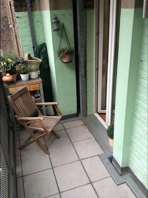 Modern Balkon, Veranda & Teras DIE BALKONGESTALTER Modern