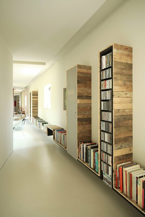 Corridor, hallway & stairs by Design for Love