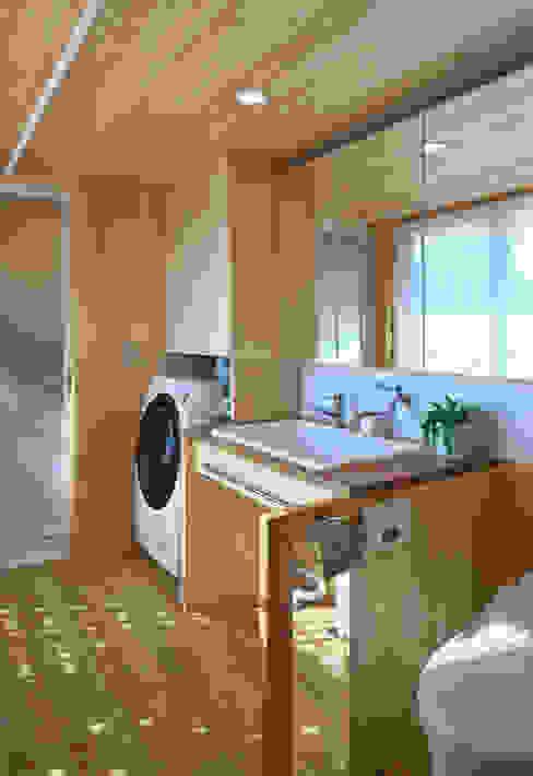 かんばら設計室 Eclectic style bathroom