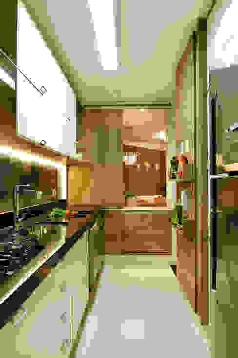 Cocinas de estilo  por homify, Moderno
