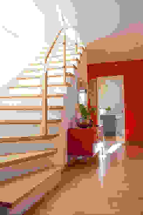 Flur Höltkemeier InnenArchitektur Moderner Flur, Diele & Treppenhaus