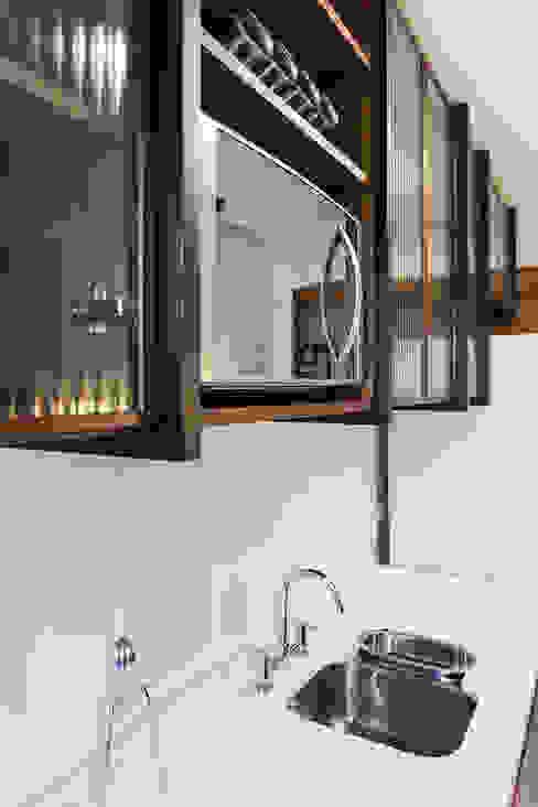 ap. SM Cozinhas industriais por Ateliê 7 arquitetura e design integrados Industrial