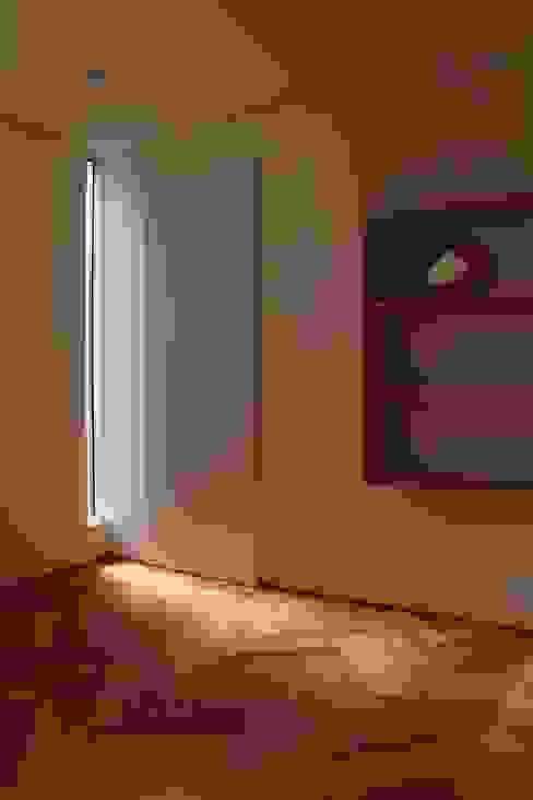 Dinding & Lantai Gaya Eklektik Oleh Mimasis Design/ミメイシス デザイン Eklektik Kayu Wood effect