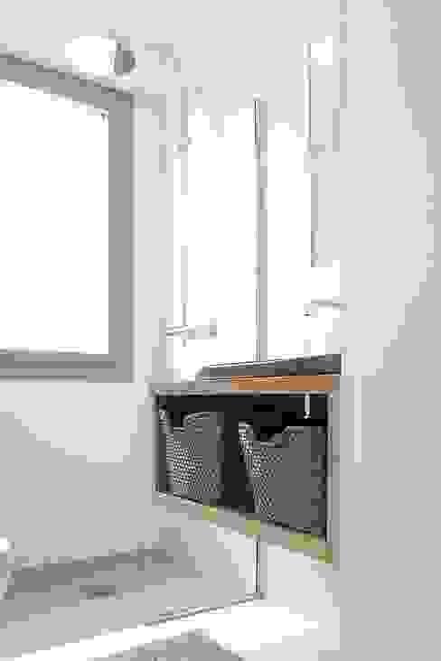 Salle d'eau Salle de bain moderne par Olivier Stadler Architecte Moderne
