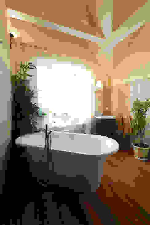 Ванная Ванная комната в стиле кантри от Бюро9 - Екатерина Ялалтынова Кантри