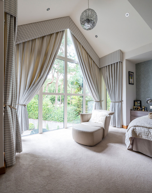 Bingham Avenue, Evening Hill, Poole Camera da letto in stile classico di David James Architects & Partners Ltd Classico