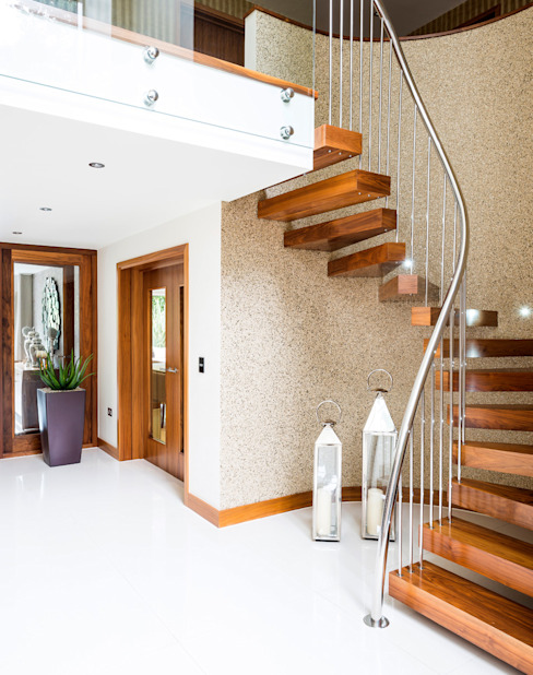 Bingham Avenue, Evening Hill, Poole Classic style corridor, hallway and stairs by David James Architects & Partners Ltd Classic